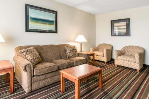 Quality Inn & Suites Horse Cave - Horse Cave, KY 42749