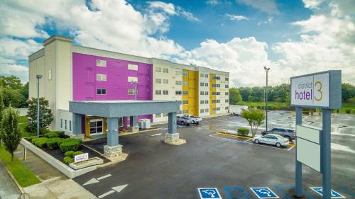 District 3 Hotel, Ascend Hotel Collection