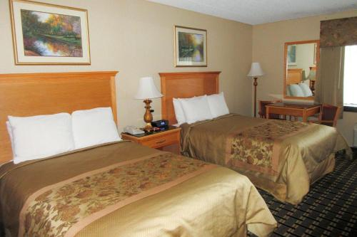 Econo Lodge - Quakertown, PA 18951