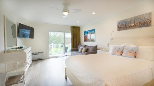 . East Hampton House Resort