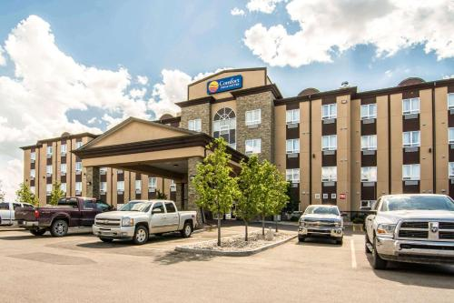 Comfort Inn & Suites Fort Saskatchewan - Fort Saskatchewan, AB T8L 0G7