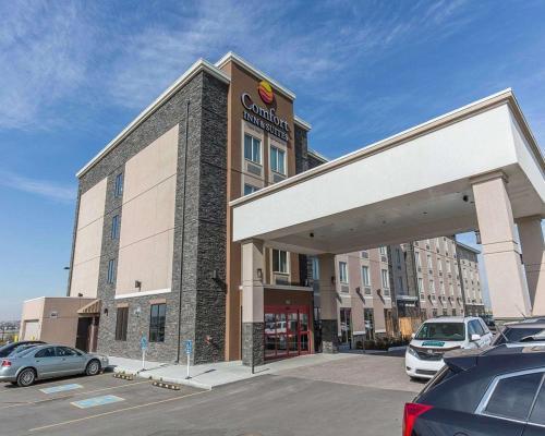 Comfort Inn&Suites Airport North - Hotel - Calgary