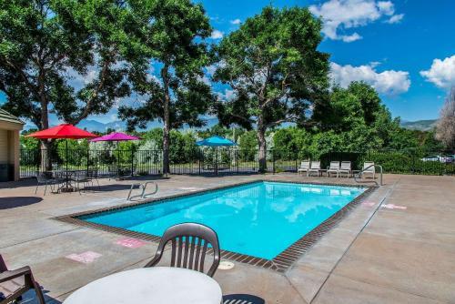 Quality Inn & Suites Garden Of The Gods - Colorado Springs, CO 80907