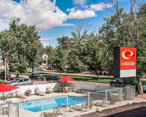 Econo Lodge Downtown Colorado Springs - Colorado Springs, CO 80903
