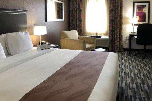 Quality Inn & Suites Denver International Airport - Denver, CO 80249