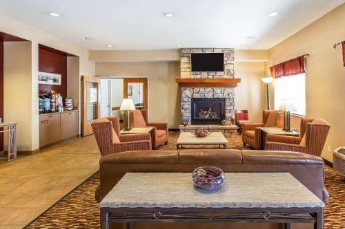 Quality Inn & Suites Loveland - Hotel - Loveland Ski Area