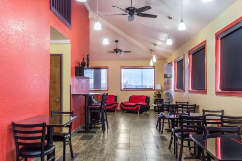 Quality Inn Lamar - Lamar, CO 81052