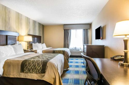 Comfort Inn & Suites Meriden - Meriden, CT 06450