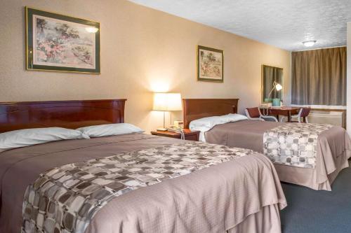 Rodeway Inn Branford - Branford, CT 06405