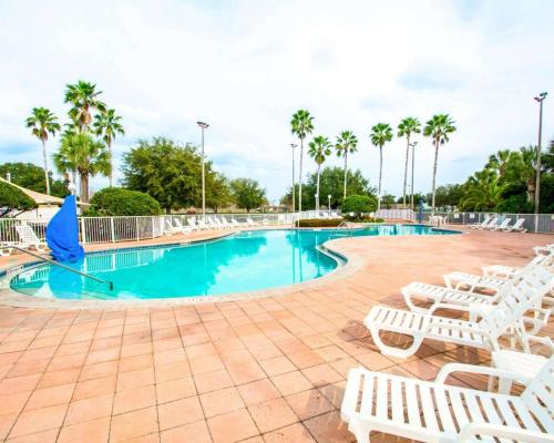 Clarion Suites Kissimmee-orlando Maingate - Kissimmee, FL 34747