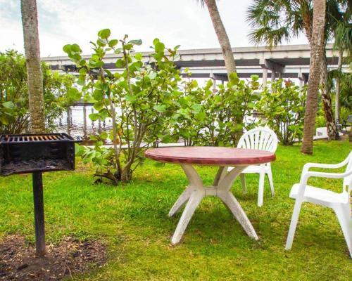Sleep Inn & Suites Riverfront - Ellenton, FL 34222