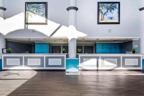 Clarion Hotel Orlando International Airport - Orlando, FL 32812