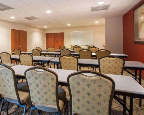 Comfort Suites Fort Pierce I-95 - Fort Pierce, FL 34945