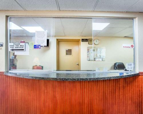 Rodeway Inn Stone Mountain - Tucker, GA 30084