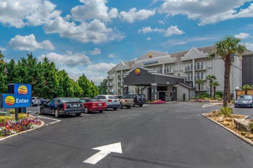 Comfort Inn Sandy Springs GÇô Perimeter