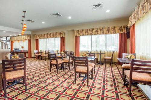 Comfort Suites Golden Isles Gateway