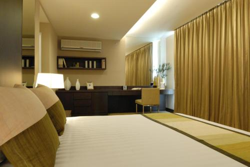The Narathiwas Hotel & Residence Sathorn Bangkok photo 76