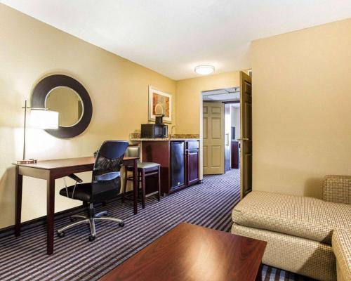 Comfort Inn & Suites Hotel Smyrna