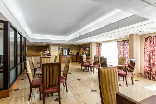 Comfort Inn & Suites Thomson