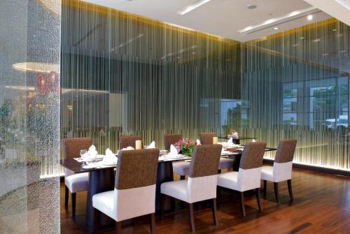 The Narathiwas Hotel & Residence Sathorn Bangkok photo 82