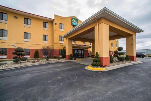 Quality Inn Litchfield Route 66 - Hotel - Litchfield