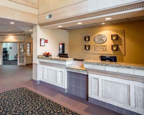 Comfort Suites University Area - South Bend, IN 46637