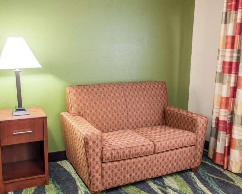 Quality Inn And Suites - South Bend - South Bend, IN 46628