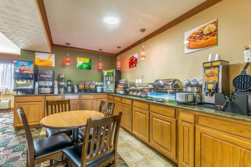 Quality Inn Batesville - Batesville, IN 47006