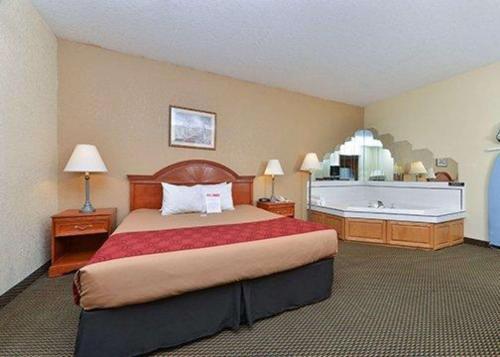 Rodeway Inn Decatur - Decatur, IN 46733