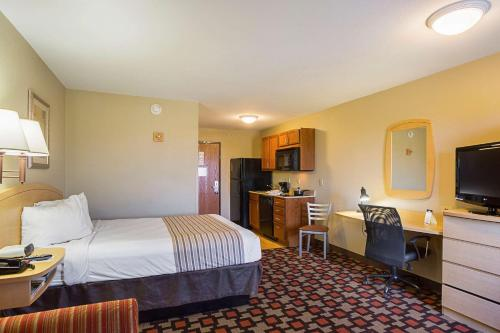 Suburban Extended Stay Hotel Clarksville