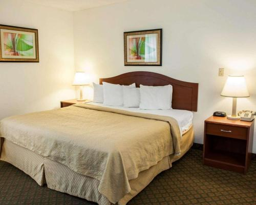 Quality Inn And Suites Indianapolis - Indianapolis, IN 46254