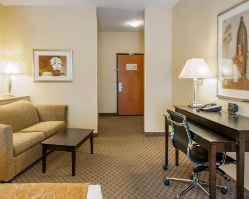 Comfort Suites French Lick - French Lick, IN 47432