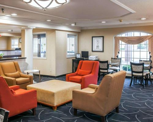 Comfort Inn - Indianapolis, IN 46227