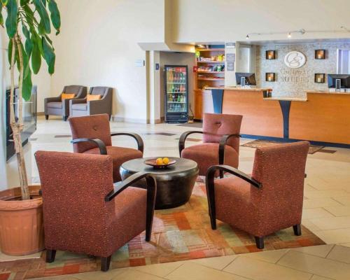 Comfort Suites Waldorf