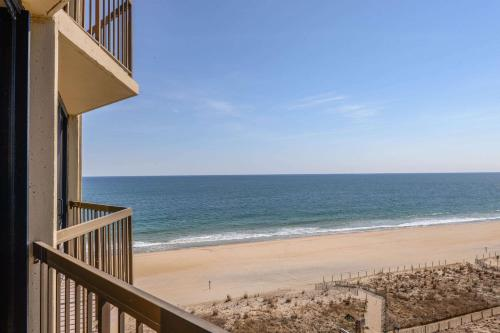 Clarion Resort Fontainebleau Hotel - Oceanfront - Ocean City, MD 21842