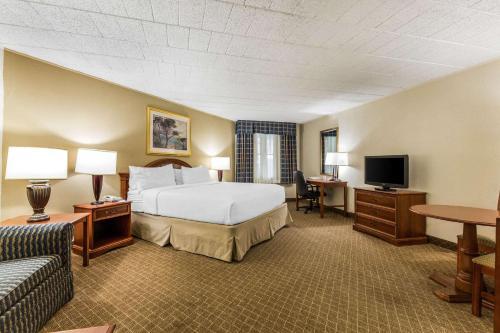 Clarion Inn Frederick - Frederick, MD 21703