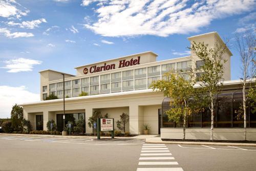 Clarion Hotel Airport Portland - Portland, ME 04102
