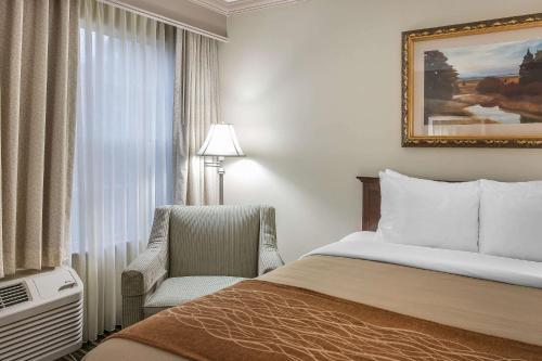 Queen Room with Two Queen Beds - Non-Smoking - Ground Floor