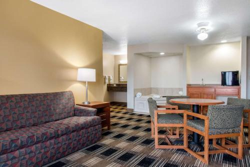 Quality Inn Rochester - Rochester, MN 55901