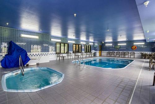Econo Lodge Luverne - Luverne, MN 56156
