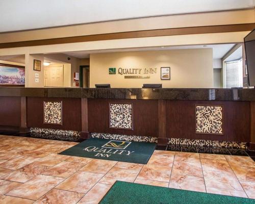 Quality Inn Airport - Saint Louis, MO MO 63134