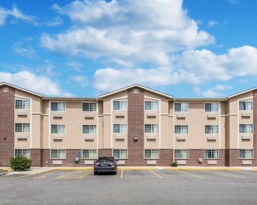 Comfort Inn & Suites Kansas City Downtown - Kansas City, MO MO 64106