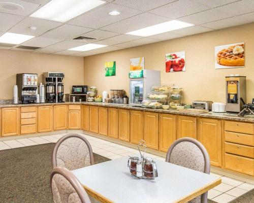 Quality Inn Homestead Park Billings - Billings, MT 59102
