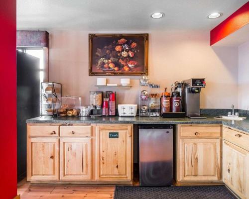 Rodeway Inn Billings - Billings, MT 59101