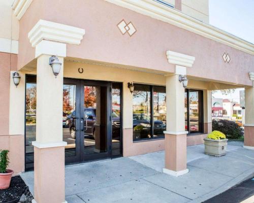 . Quality Inn Vineland – Millville