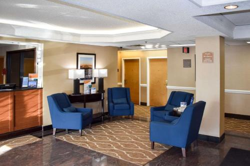 Comfort Inn Bordentown - Bordentown, NJ 08505