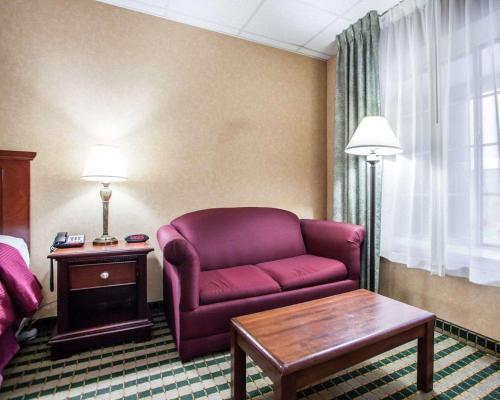 Clarion Hotel The Palmer Inn - Princeton, NJ 08540