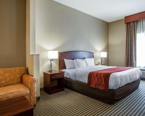 Comfort Inn & Suites Carneys Point - Carneys Point, NJ 08069