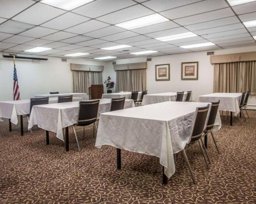 Econo Lodge Hammonton - Hammonton, NJ 08037