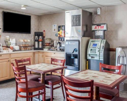 Rodeway Inn Jersey City near Hoboken - Jersey City, NJ NJ 07307